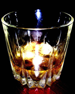 Research: one in five will experience problematic drinking (Source: Indi Samajariva)